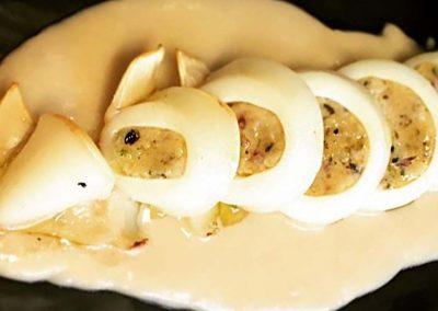 Calamari Ripieni su Crema di Cannellini